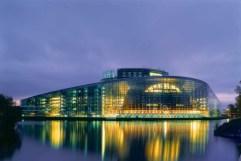 67. Edificio del parlamento europeo, Strasbourg, Francia)