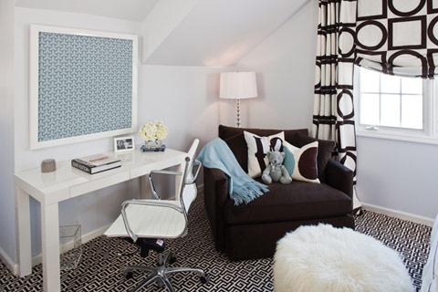 Modern-black-and-white-room-interior-design