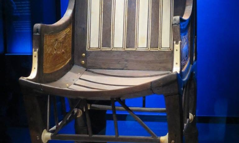 Chaise Toutankhamon