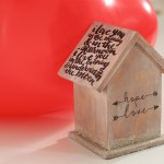 Ajándék és szerelmes üzenet egy madárházba rejtve - tuti tippek 8 DIY