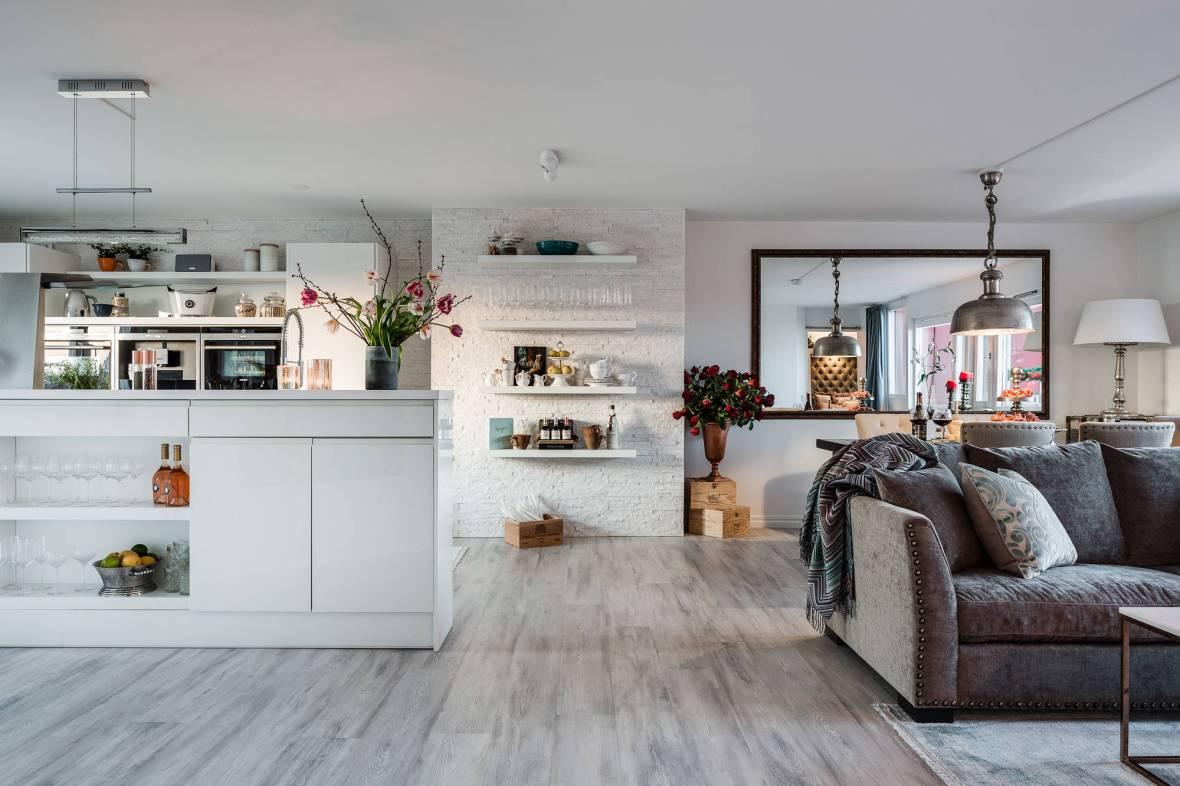 гостиная столовая кухня