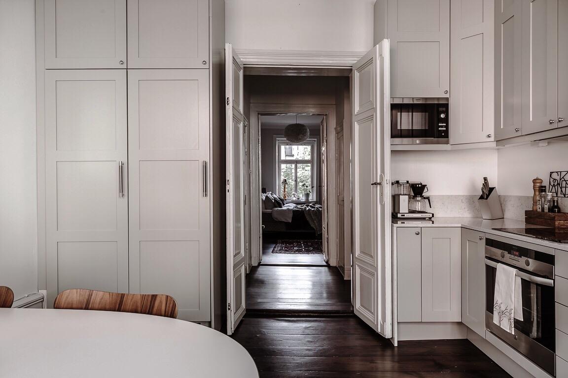 кухня высокий шкаф