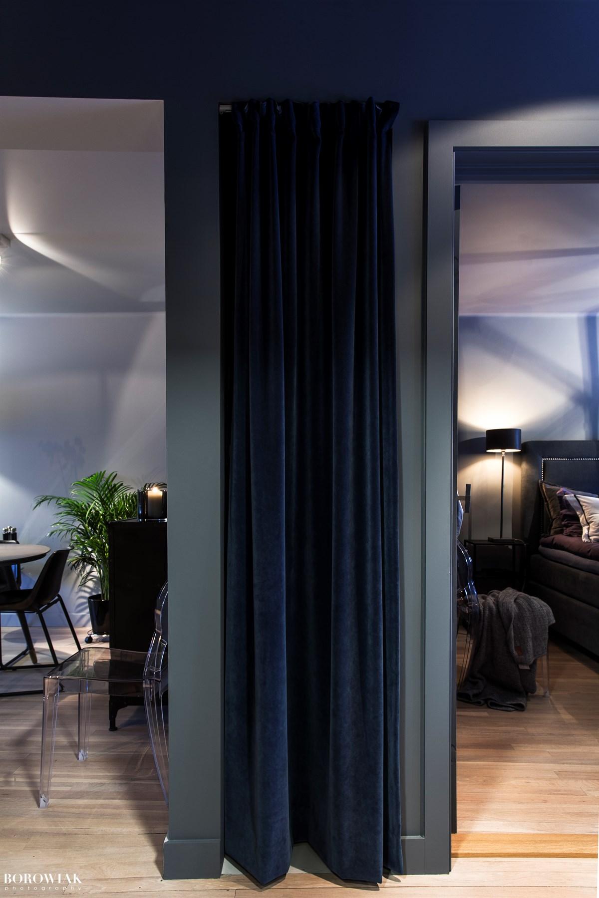 стена гостиная спальня
