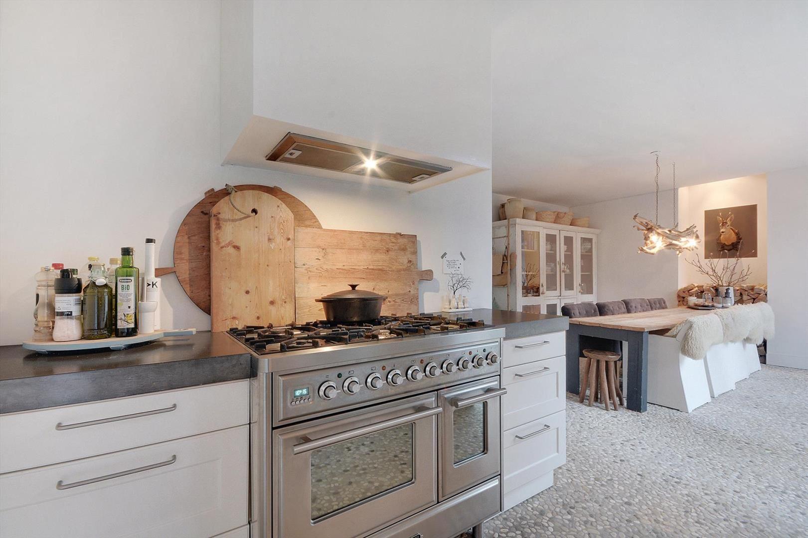 кухня плита встроенная вытяжка