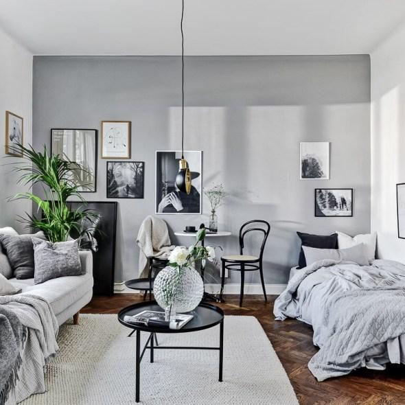 комната диван столик ковер кровать