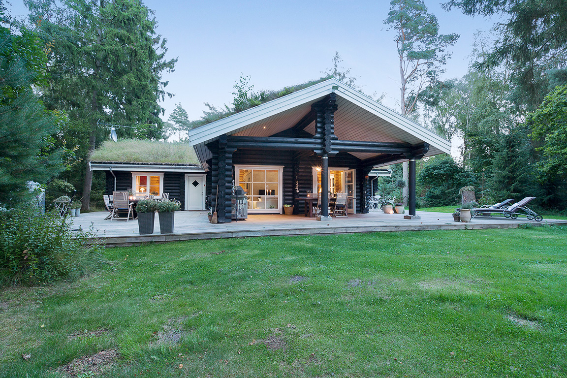 деревянный дом терраса газон