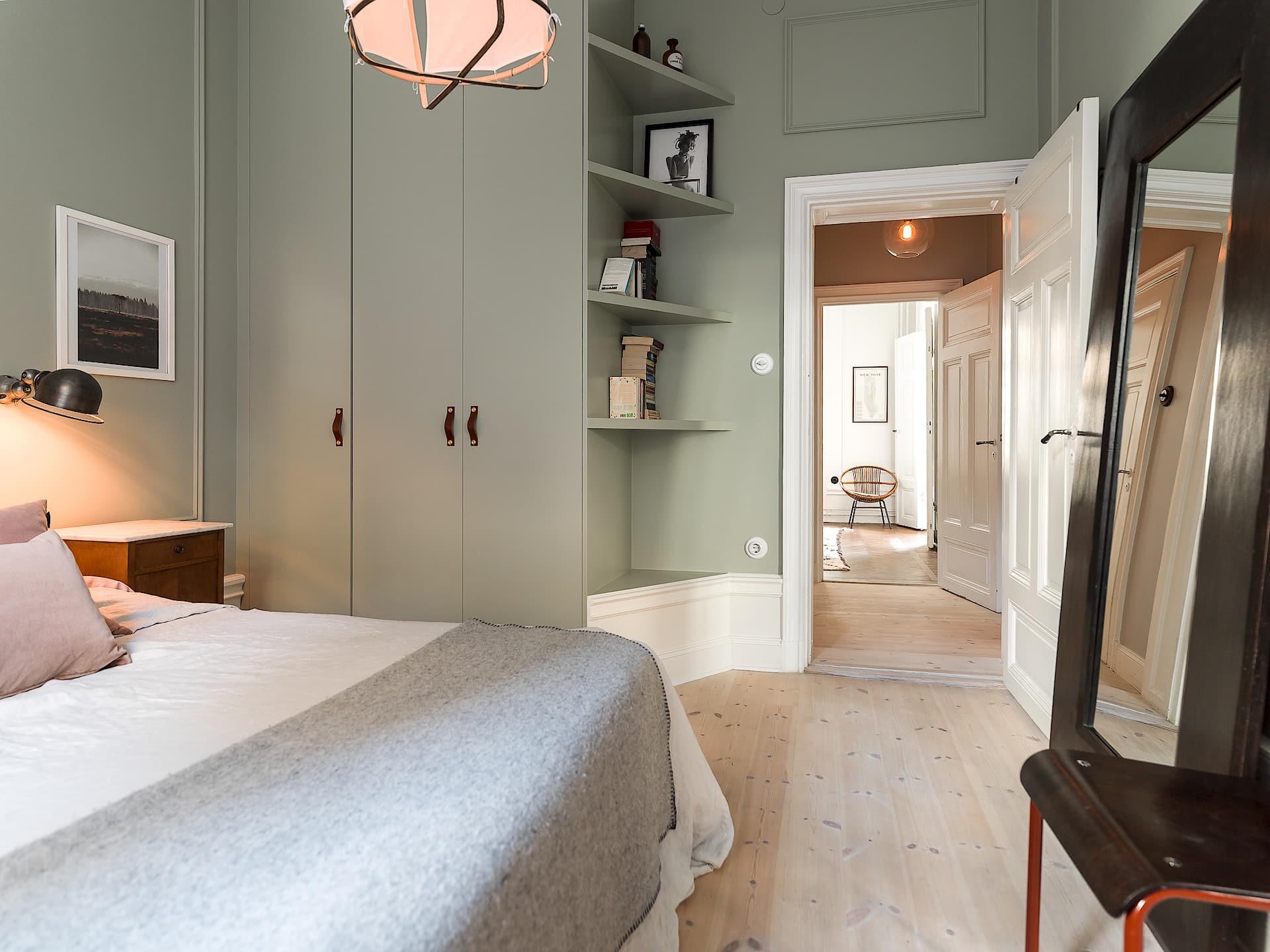 спальня встроенные шкафы