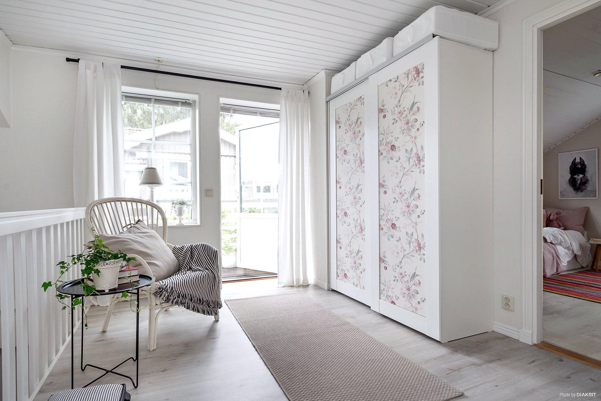 платяной шкаф коридор выход на балкон