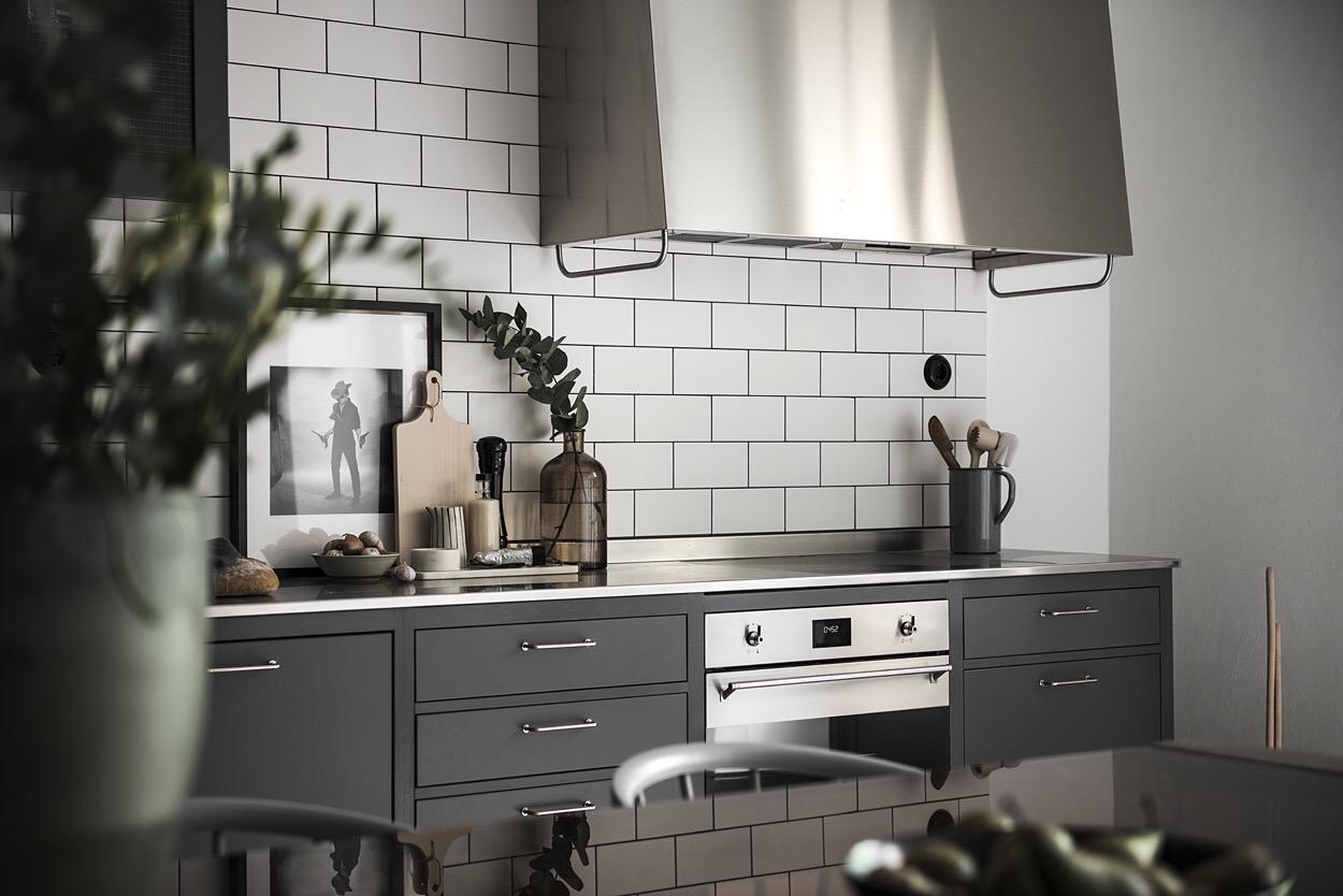 кухонная мебель встроенная варочная панель духовка вытяжка купол
