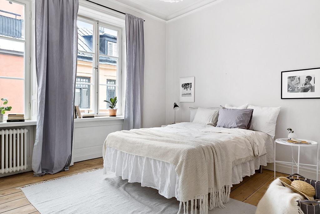 спальня кровать текстиль окно шторы