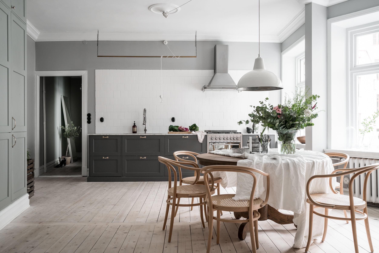 кухня гостиная светлые стены