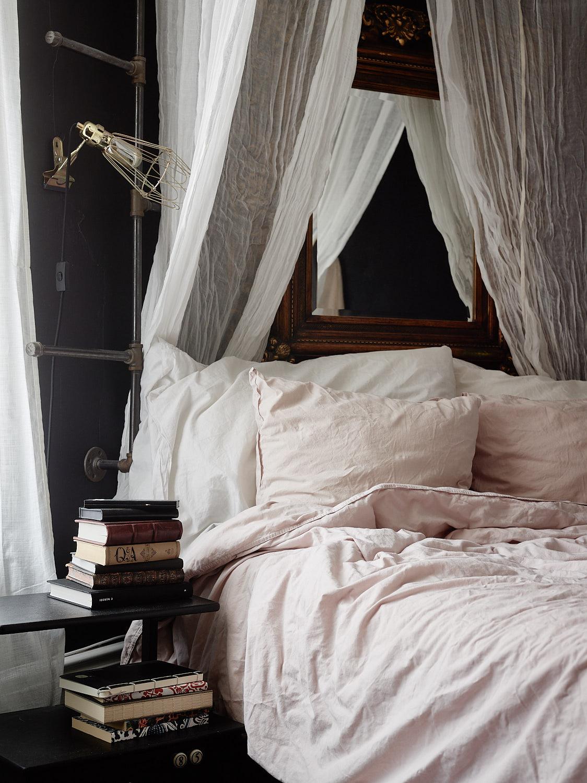 кровать подушки текстиль балдахин полог