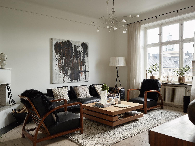гостиная диван подушки столик