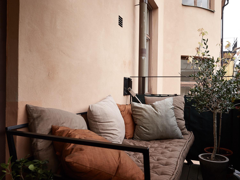 балкон диван текстиль подушки