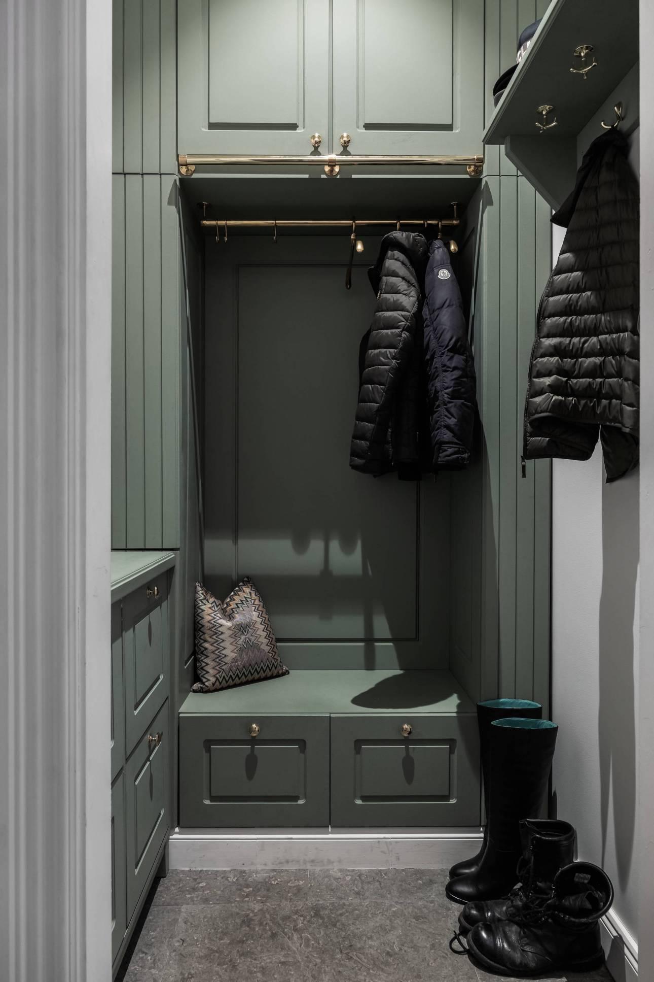 прихожая шкаф