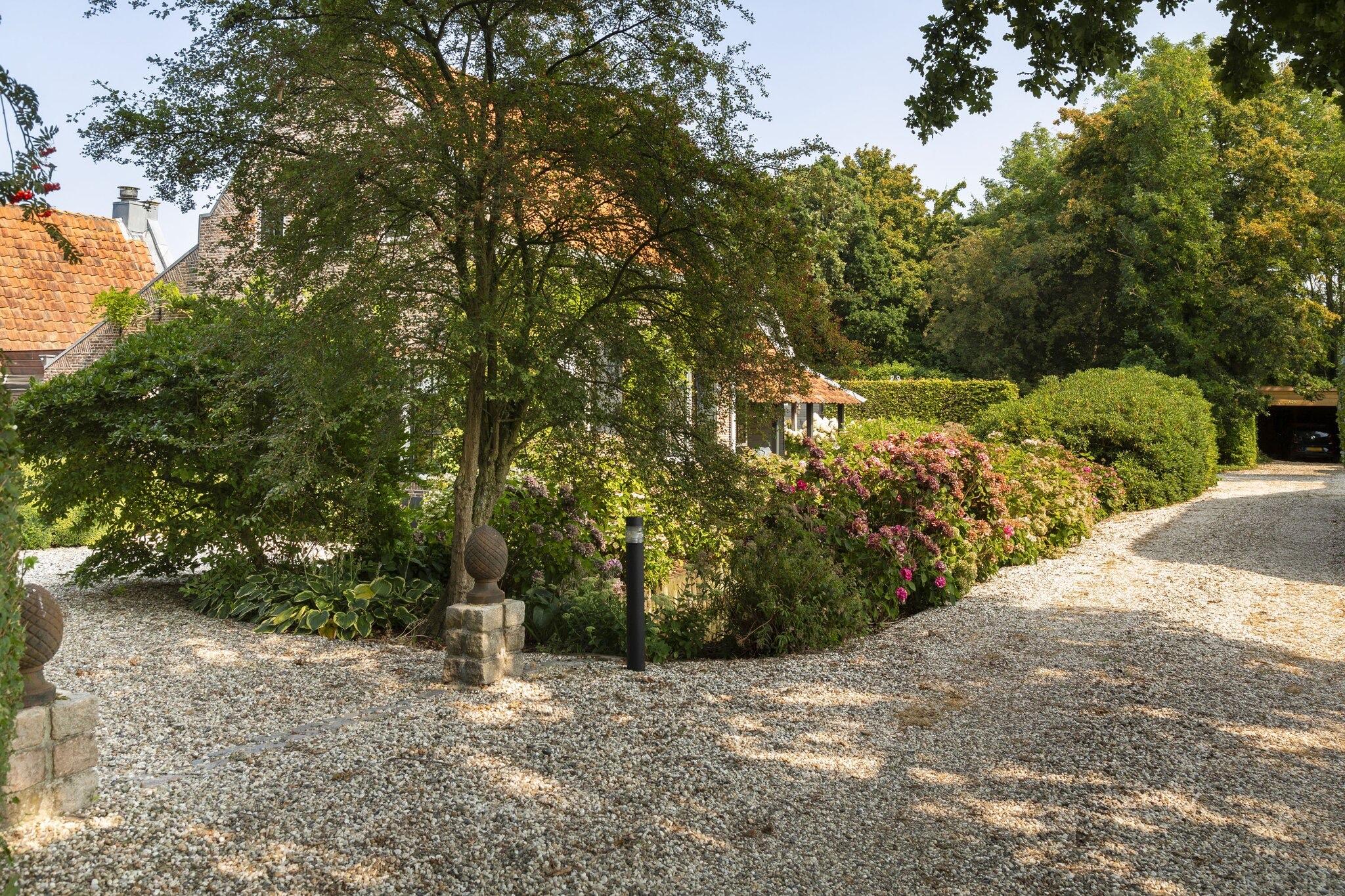 дом в нидерландах садовый участок
