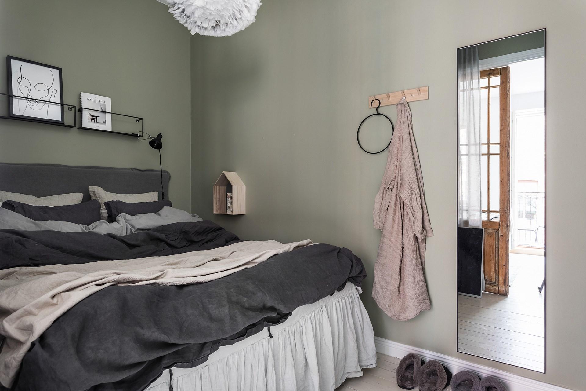 квартира 40 квм спальня кровать