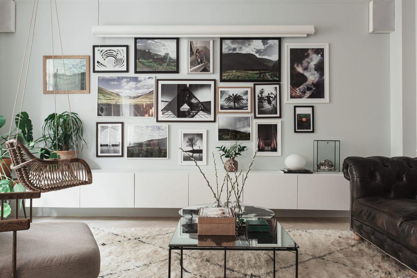 квартира 67 квм гостиная картины комод стена