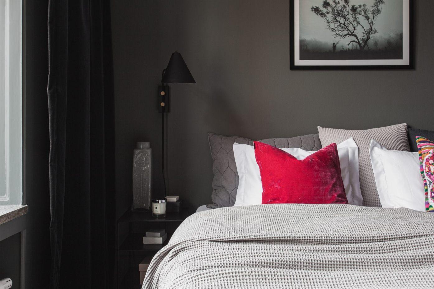 квартира 67 квм кровать изголовье подушки