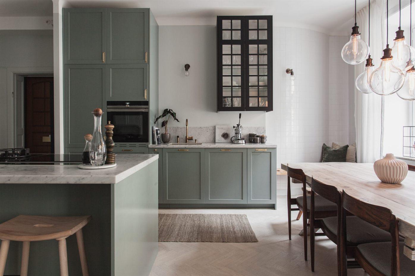 квартира 67 квм кухонная мебель стол