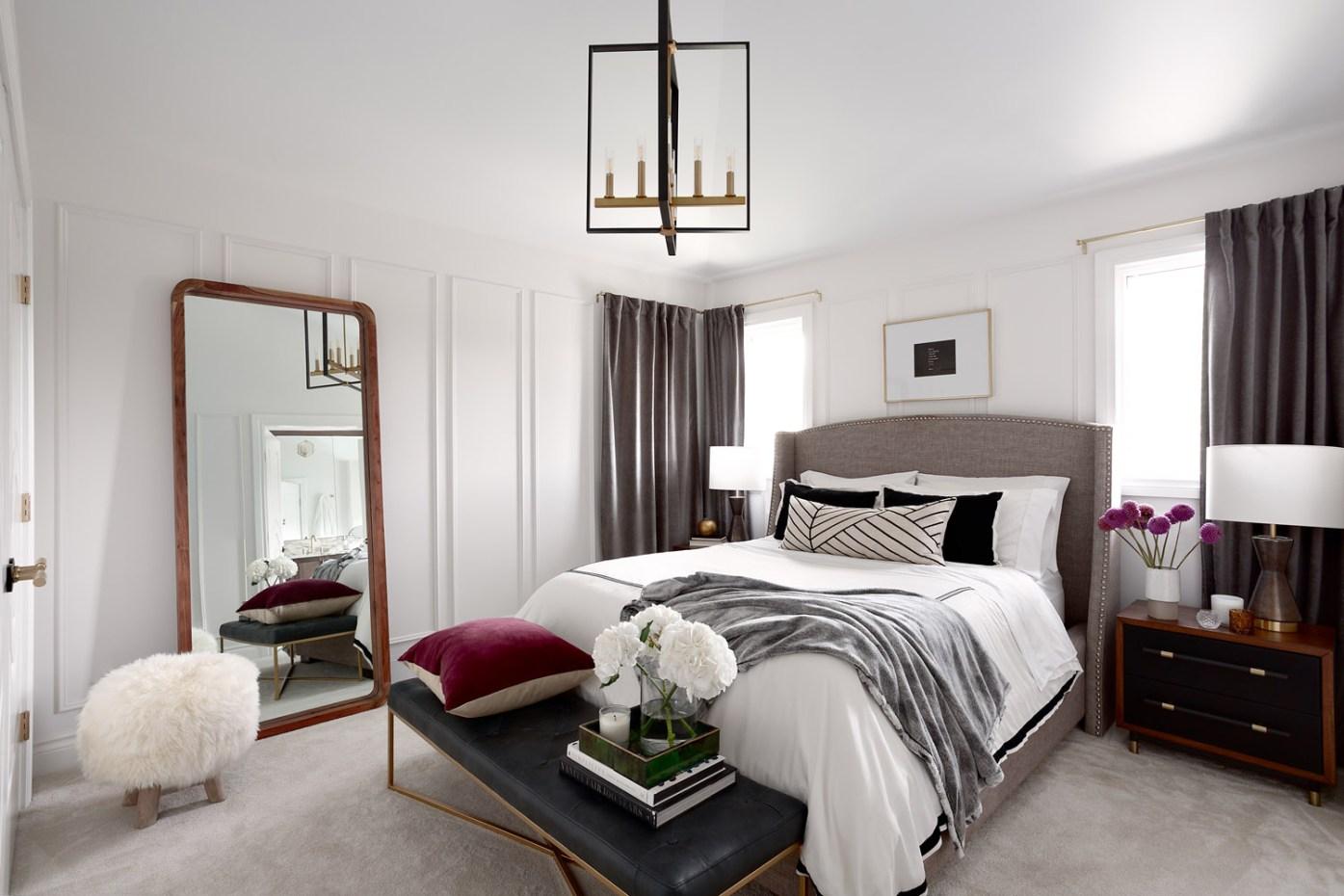таунхаус в канаде спальня кровать напольное зеркало