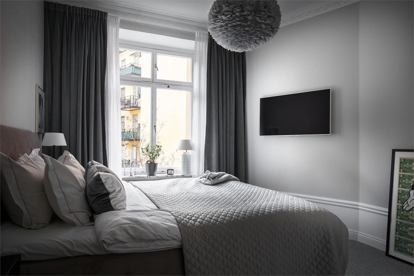 28606 bedroom tv