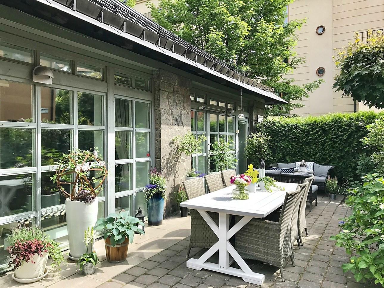 house terrace furniture