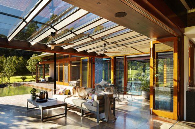 21 Beautiful Indoor- Outdoor Living Spaces - Decor10 Blog on Enclosed Outdoor Living Spaces  id=95104