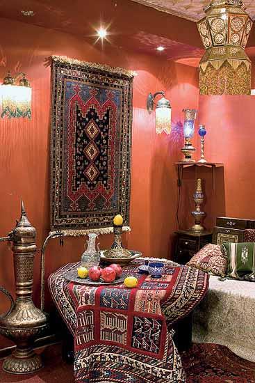 Decorating Walls Living Room Ideas