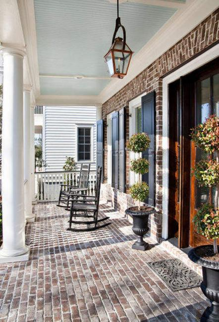 Use these tips and tricks to make your cozy home feel spacious and comf. 22 Beautiful Porch Decorating Ideas for Stylish and