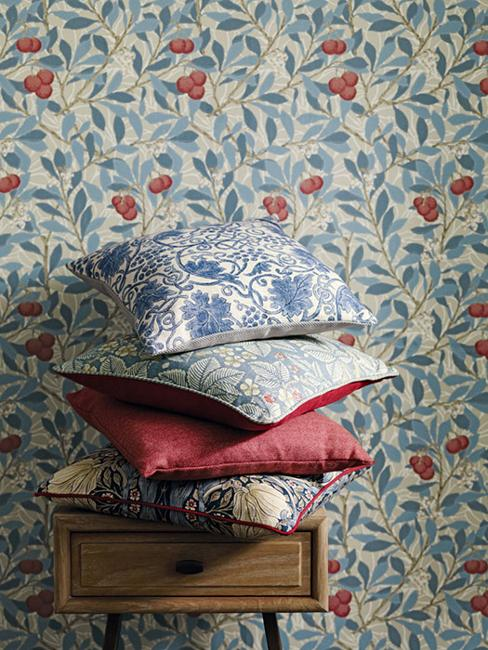 Beautiful Home Fabrics And Wallpaper Patterns Bringing English Classic Style Into Modern Decor