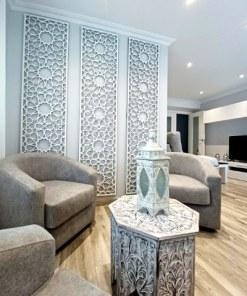 celosía de pared de madera estilo árabe