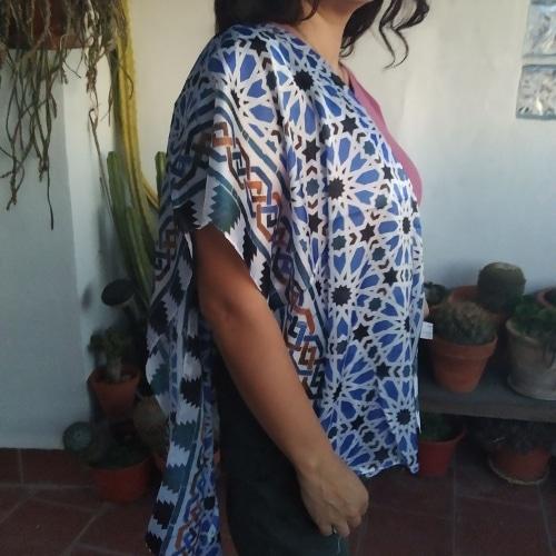 pañuelo de seda natural dibujos alhambra