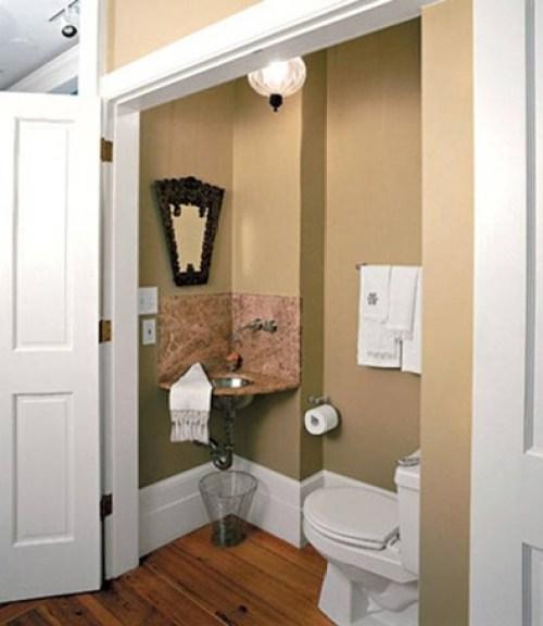 bathroom-visit-small-9
