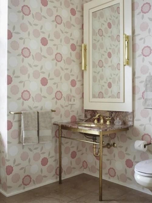 decorate feminine bathroom