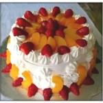 Torta De Melocoton, Fresas Y Crema Chantilly Casera