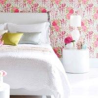 Cómo decorar el dormitorio con ideas y detalles en fucsia