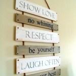 Letrero con Normas Para un hogar feliz