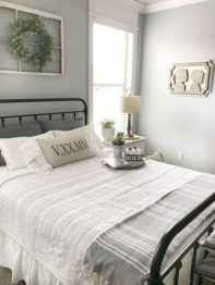 16 Stuning Farmhouse Bedroom Furniture Ideas on A Budget