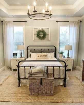 39 Stuning Farmhouse Bedroom Furniture Ideas on A Budget