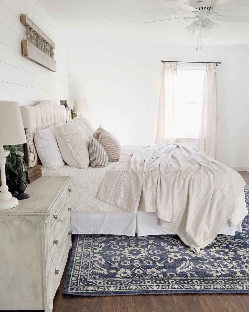 80 Affordable Farmhouse Style Bedroom Decorating Ideas