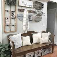 39 Welcoming Rustic Farmhouse Entryway Decorating Ideas
