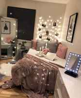 50 Affordable First Apartment Decor Ideas