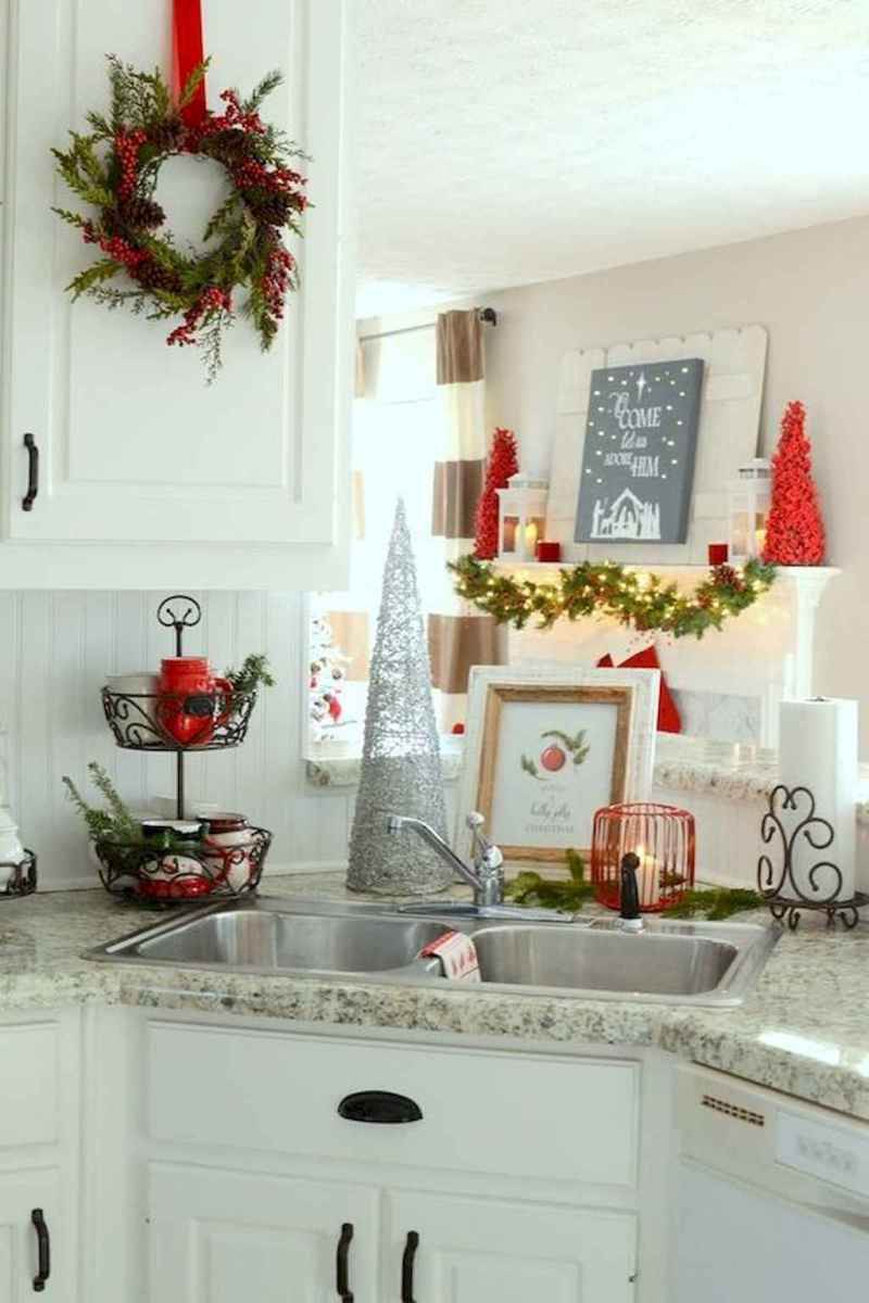 01 Cozy Christmas Kitchen Decorating Ideas