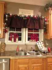 03 Cozy Christmas Kitchen Decorating Ideas