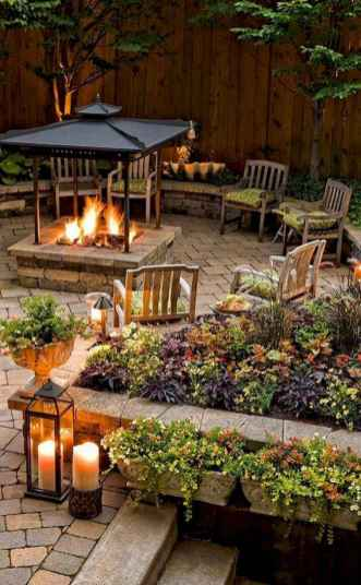 05 Awesome Backyard Fire Pits with Seating Ideas