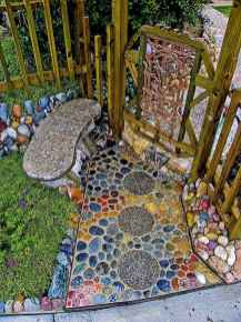 06 Magnificent DIY Mosaic Garden Path Decorations For Your Inspiration
