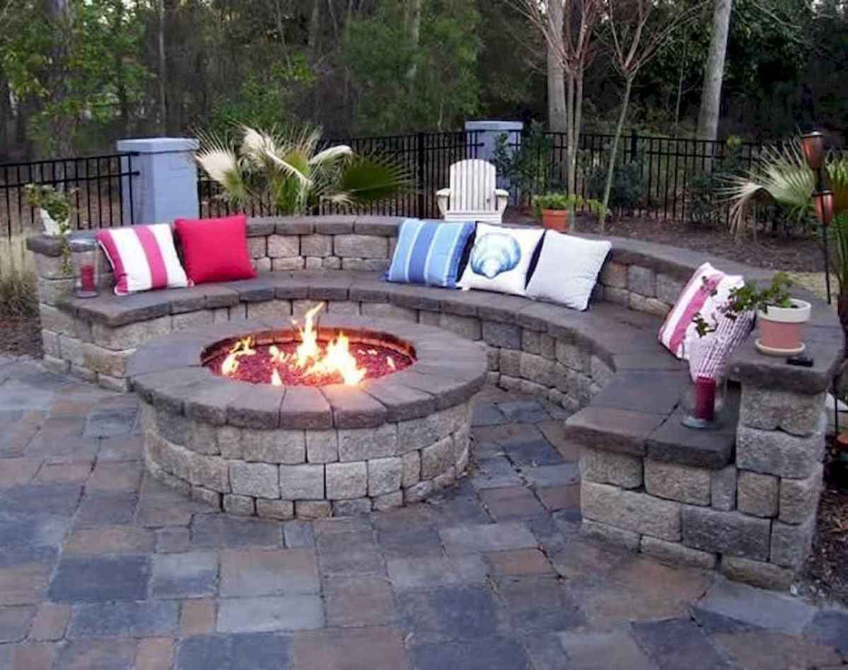 10 Awesome Backyard Fire Pits with Seating Ideas