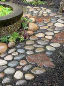 29 Magnificent DIY Mosaic Garden Path Decorations For Your Inspiration