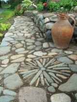 41 Magnificent DIY Mosaic Garden Path Decorations For Your Inspiration